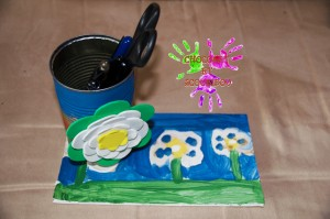 Pot à crayons printanier