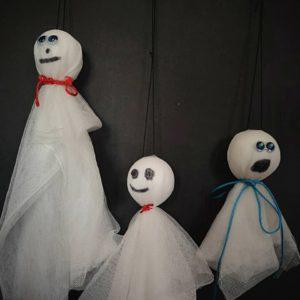 3 Fantômes suspendus
