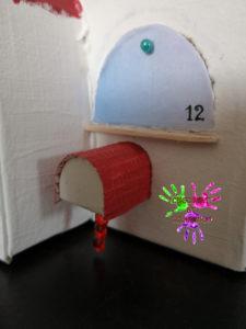 Maison de l'avent - Boîte aux lettres
