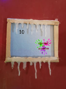 Maison de l'avent - Fenêtre gelée