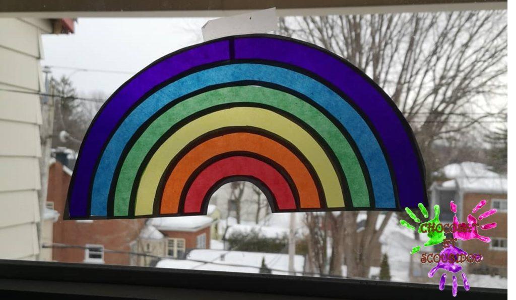 Arc en ciel en papier vitrail