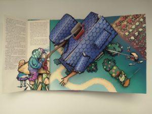 Grands livres classiques pop-up - Alice au pays des Merveilles - extrait
